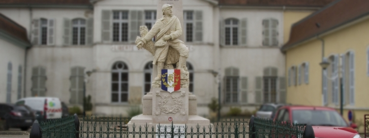 Monument aux morts du bourg